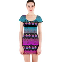 Rainbow  Big Flowers In Peace For Love And Freedom Short Sleeve Bodycon Dress