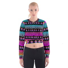 Rainbow  Big Flowers In Peace For Love And Freedom Women s Cropped Sweatshirt