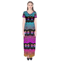 Rainbow  Big Flowers In Peace For Love And Freedom Short Sleeve Maxi Dress