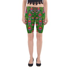 Orchid Forest Filled Of Big Flowers And Chevron Yoga Cropped Leggings
