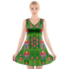 Orchid Forest Filled Of Big Flowers And Chevron V-Neck Sleeveless Skater Dress