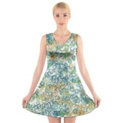 Fading shapes texture                                                V-Neck Sleeveless Dress