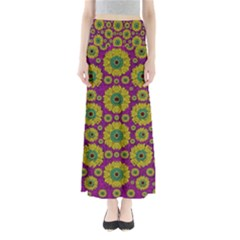 Sunroses Mixed With Stars In A Moonlight Serenade Maxi Skirts