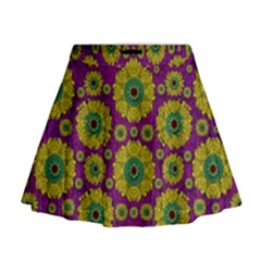 Sunroses Mixed With Stars In A Moonlight Serenade Mini Flare Skirt