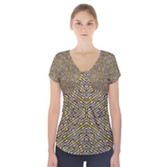 Bee Hive Short Sleeve Front Detail Top