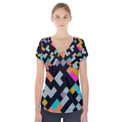 Connected Shapes              Short Sleeve Front Detail Top