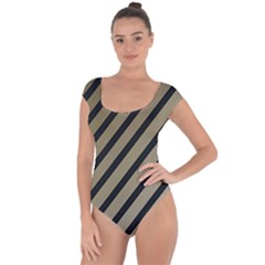Decorative elegant lines Short Sleeve Leotard