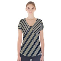 Decorative Elegant Lines Short Sleeve Front Detail Top