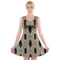 Shape V Neck Sleeveless Skater Dress