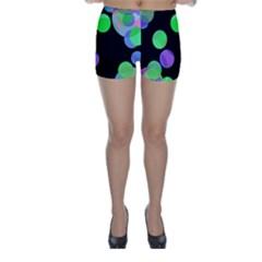 Green decorative circles Skinny Shorts