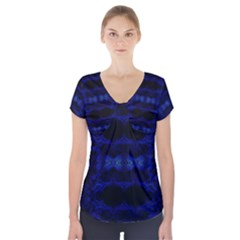 ANCIENT WHO Short Sleeve Front Detail Top