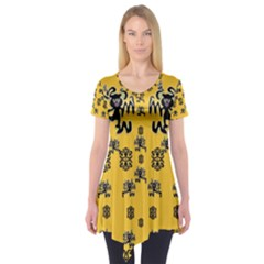 Disco Dancing In The  Tribal Nature  Short Sleeve Tunic