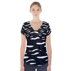 Black And White Short Sleeve Front Detail Top