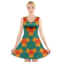 Honeycombs and triangles pattern                                                                                   V-Neck Sleeveless Dress