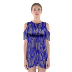 Plue decorative pattern  Cutout Shoulder Dress