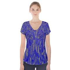 Plue decorative pattern  Short Sleeve Front Detail Top