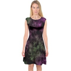 Organic                       Capsleeve Midi Dress
