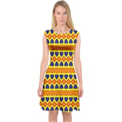 Hearts and rhombus pattern                        Capsleeve Midi Dress
