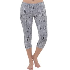 Gray pattern Capri Yoga Leggings