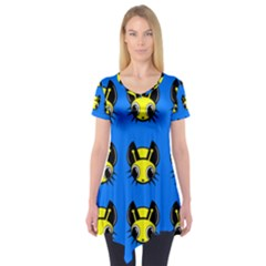 Yellow and blue firefies Short Sleeve Tunic