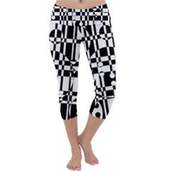 Black and white pattern Capri Yoga Leggings