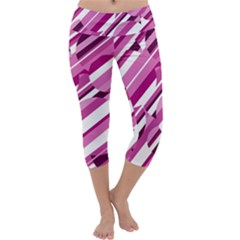 Magenta pattern Capri Yoga Leggings