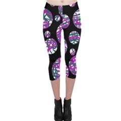 Purple decorative design Capri Leggings