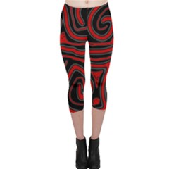 Red and black abstraction Capri Leggings