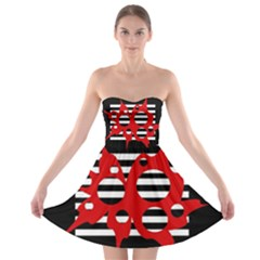 Red, black and white abstract design Strapless Dresses