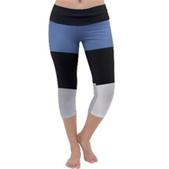Flag Of Estonia Capri Yoga Leggings