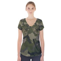 Huntress Camouflage Short Sleeve Front Detail Top