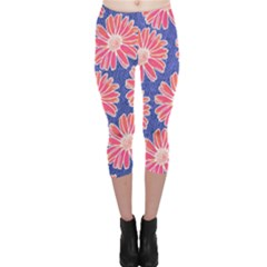 Pink Daisy Pattern Capri Leggings