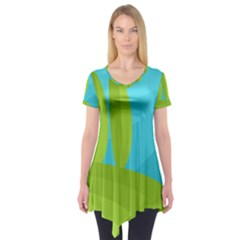 Green and blue landscape Short Sleeve Tunic