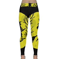 Halloween witch - yellow moon Yoga Leggings