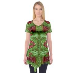 Bleeding Hearts Forest Short Sleeve Tunic