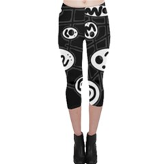 Black and white crazy abstraction  Capri Leggings