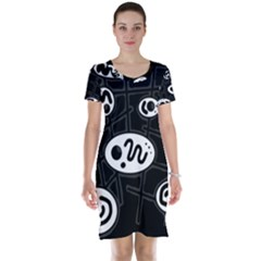 Black and white crazy abstraction  Short Sleeve Nightdress