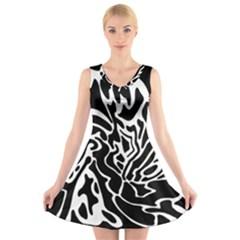 Black and white decor V-Neck Sleeveless Skater Dress