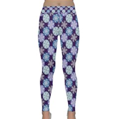 Snowflakes Pattern Yoga Leggings