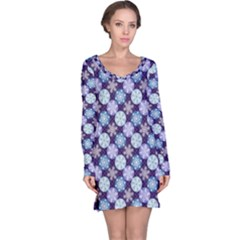 Snowflakes Pattern Long Sleeve Nightdress