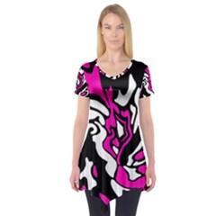 Magenta, black and white decor Short Sleeve Tunic