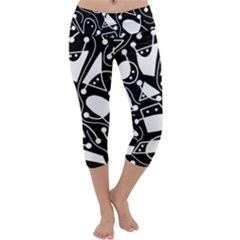 Playful abstract art - Black and white Capri Yoga Leggings