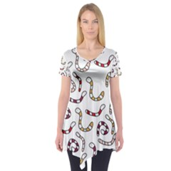 Cute worms Short Sleeve Tunic