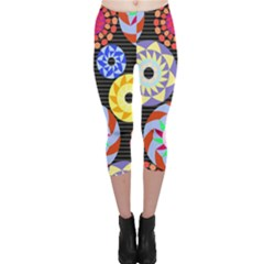 Colorful Retro Circular Pattern Capri Leggings