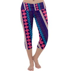 Purple And Pink Retro Geometric Pattern Capri Yoga Leggings
