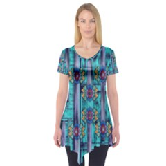 Lace And Fantasy Florals Shimmering Short Sleeve Tunic