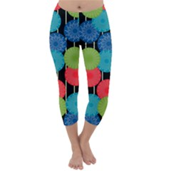 Vibrant Retro Pattern Capri Winter Leggings