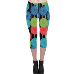 Vibrant Retro Pattern Capri Leggings