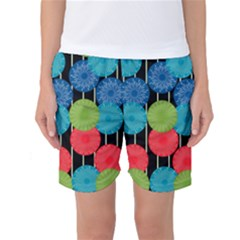 Vibrant Retro Pattern Women s Basketball Shorts