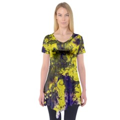 Yellow And Purple Splatter Paint Pattern Short Sleeve Tunic